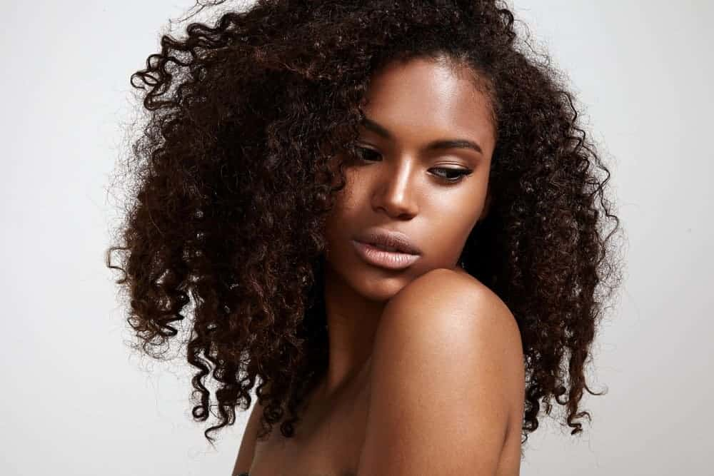 Curly Hair: Learn How to Care for Your Curls