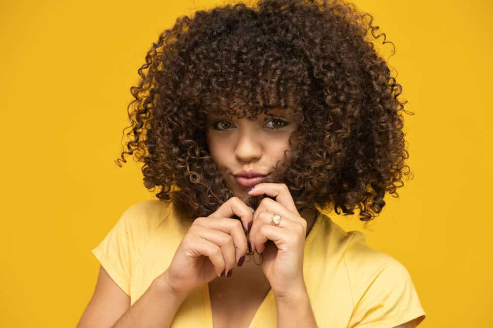 African American women with curly hair that smells great