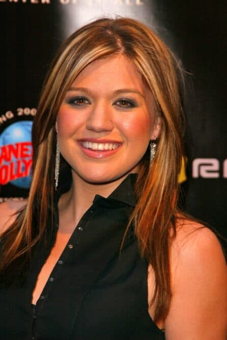 Kelly Clarkson Round Face