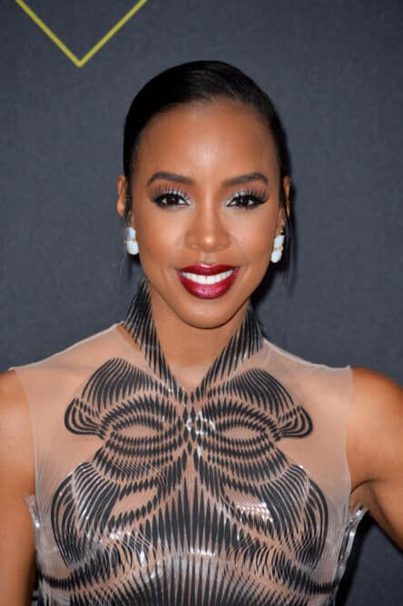Kelly Rowland is one of many attractive women oblong-shaped faces