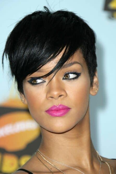 Rihanna Square Shaped Face